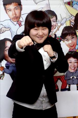 キム・シニョン、MBC「正午の希望曲」DJへ キム・シニョン、MBC「正午の希望曲」DJへ −1