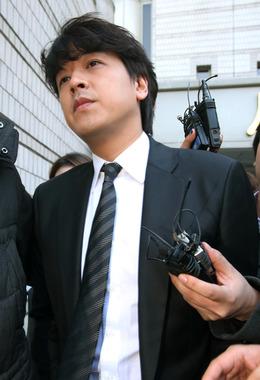 リュ・シウォン前妻、偽装容疑で罰金刑確定=韓国・... リュ・シウォン前妻、偽装容疑で罰金刑確定