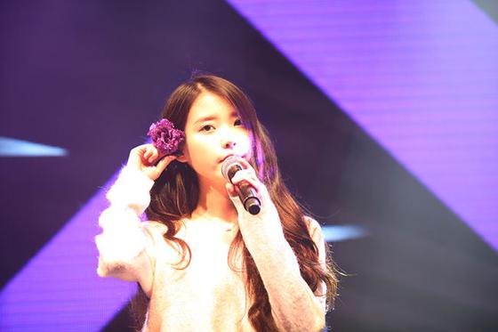 IU (歌手)の画像 p1_21