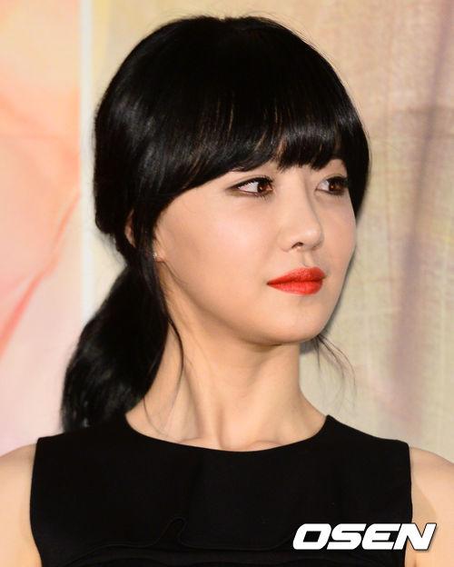 <今日は何の日? >11月8日 拡大写真 女優キム・ヘイン <今日は何の日? >11月8日│韓国