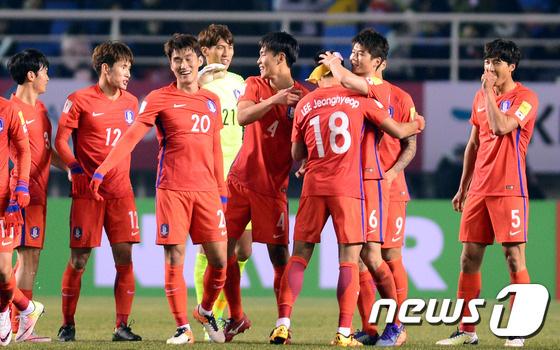韓国新聞・スポーツ/芸術-韓国、FIFAランキング54位に…日本は ...