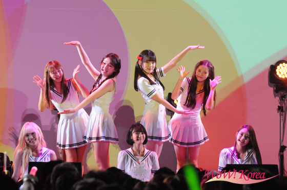 2e9a6b5fce446 イベントレポ 「OH MY GIRL」、タワレコK-POP LOVERS! SHOWCASEを開催 ...