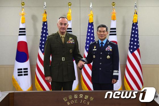 韓国新聞・政治-日米韓参謀議長...