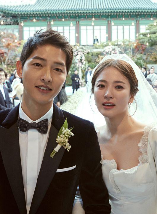 【全文】ソン・ジュンギ&ソン・ヘギョ、写真と共に結婚を報告(日本語報道)  http//www.wowkorea.jp/news/enter/2017/1031/10200493.html