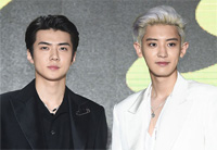 「EXO-SC」の「What a life」、イ・スマン総括PDが賞賛「SMエンタになかった曲」
