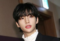 「Stray Kids」ヒョンジン、校内暴力騒動で活動中断「自粛…心より謝罪」