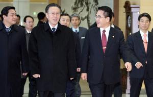北朝鮮の金養健統一戦線部長がき...