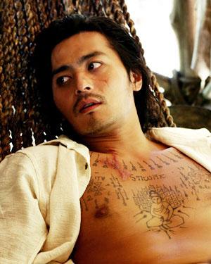 """チャン・ドンゴン""""刺青""""を毎日描き入れる苦痛"""