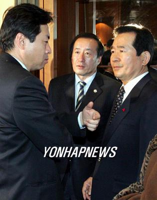 韓国新聞・政治-ウリ党執行部、...