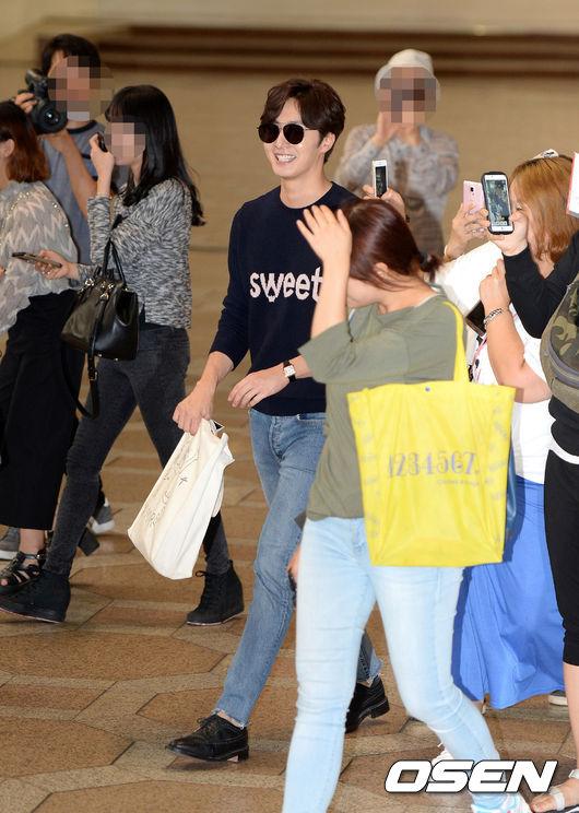 金浦空港から出国する俳優チョン・イル 俳優チョン・イル  金浦空港から出国する俳優チョン・イル│