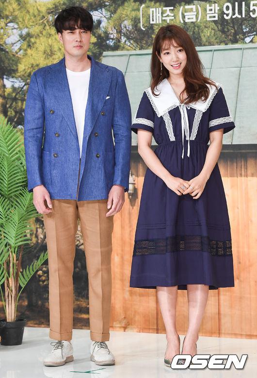 tvN新バラエティ「森の小さな家」の制作発表会