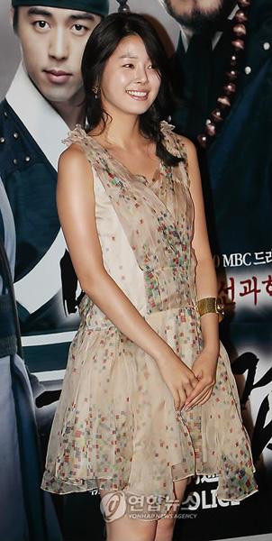 ドラマ『朝鮮科学捜査隊 別巡検』のミン・ジア  女優のミン・ジア  ドラマ『朝鮮科学捜査隊 別巡