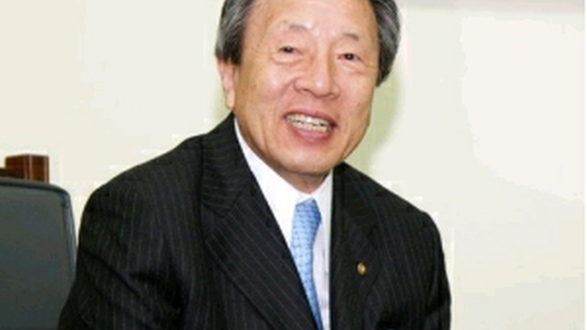 マルハン韓昌祐会長、故郷の泗川に奨学財団設立