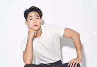 ヘンリーのプロフィール、画像、最新ニュース|K-POP