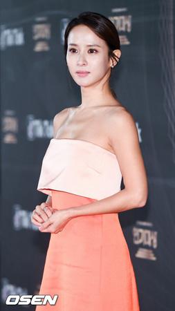 """【公式】女優チョ・ヨジョンも""""Be Too""""…父親が3億の詐欺?事務所側「確認後、立場明かす」"""
