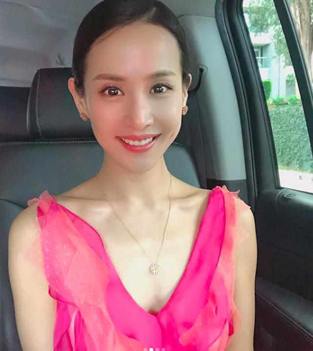 女優チョ・ヨジョン、「ゴールデングローブ賞」会場から着の身着のまま ...