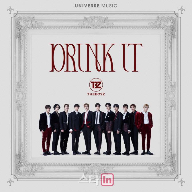 グローバルK-POPエンターテインメントプラットフォーム「UNIVERSE」から「THE BOYZ」の新曲「Drink It」がリリースされる。(画像提供:wowkorea)