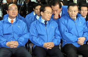 韓国新聞・政治-自由先進党、院...
